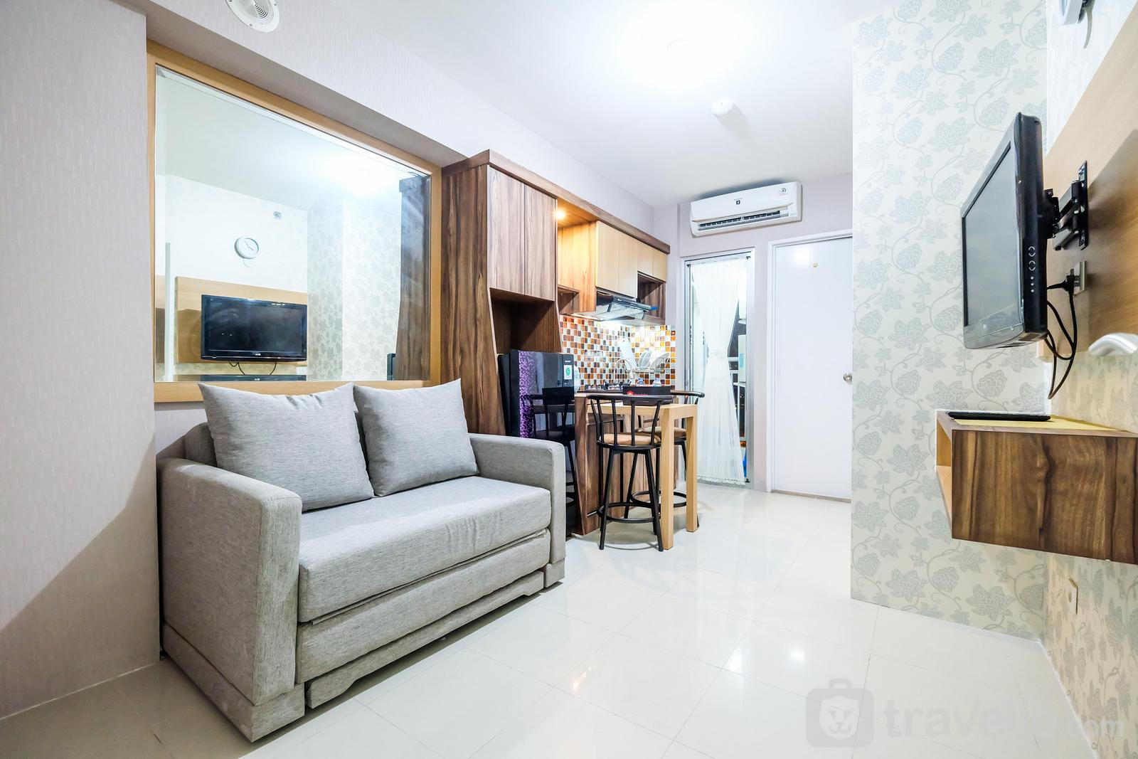 Bassura City Cipinang - Classic 2BR Bassura City Apartment By Travelio