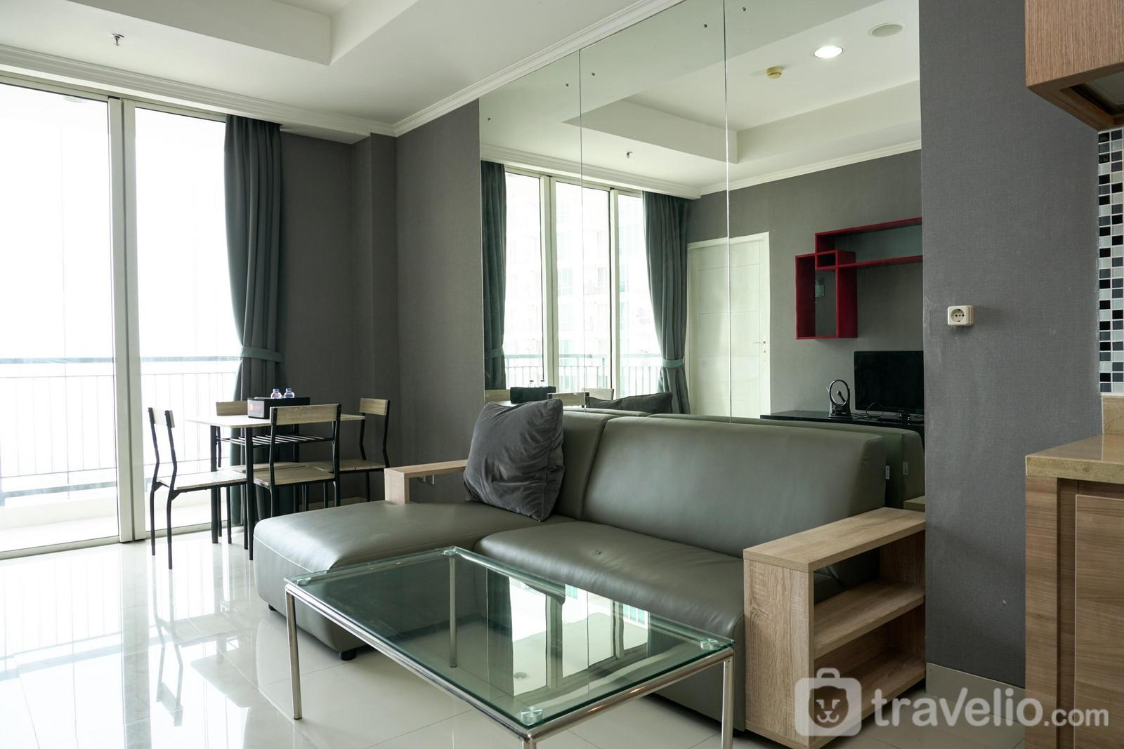 Ancol Mansion  - 1BR Apartment with City View at Ancol Mansion By Travelio