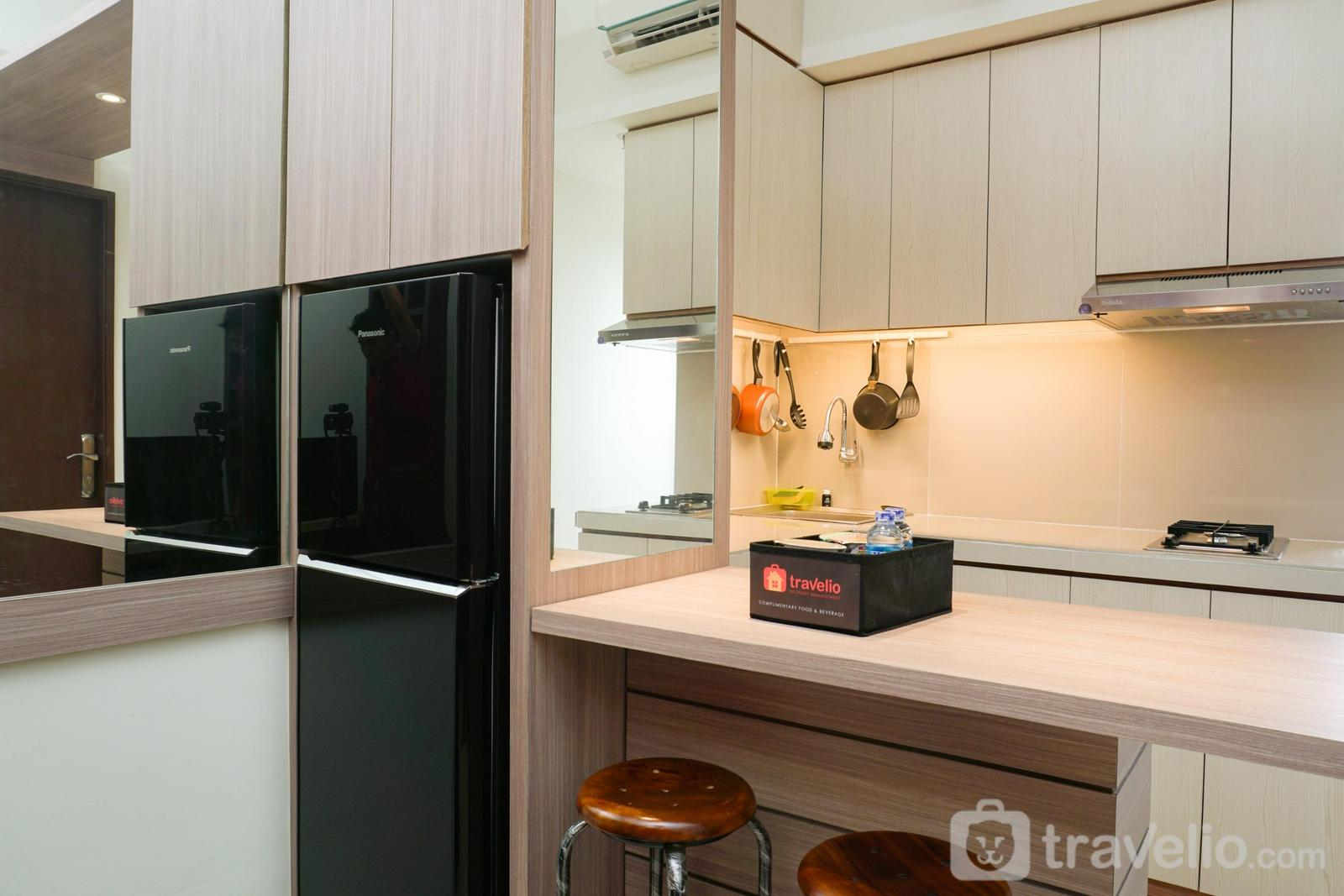 Apartemen Puri Park View - Warm and Cozy 1BR Puri Park View Apartment By Travelio