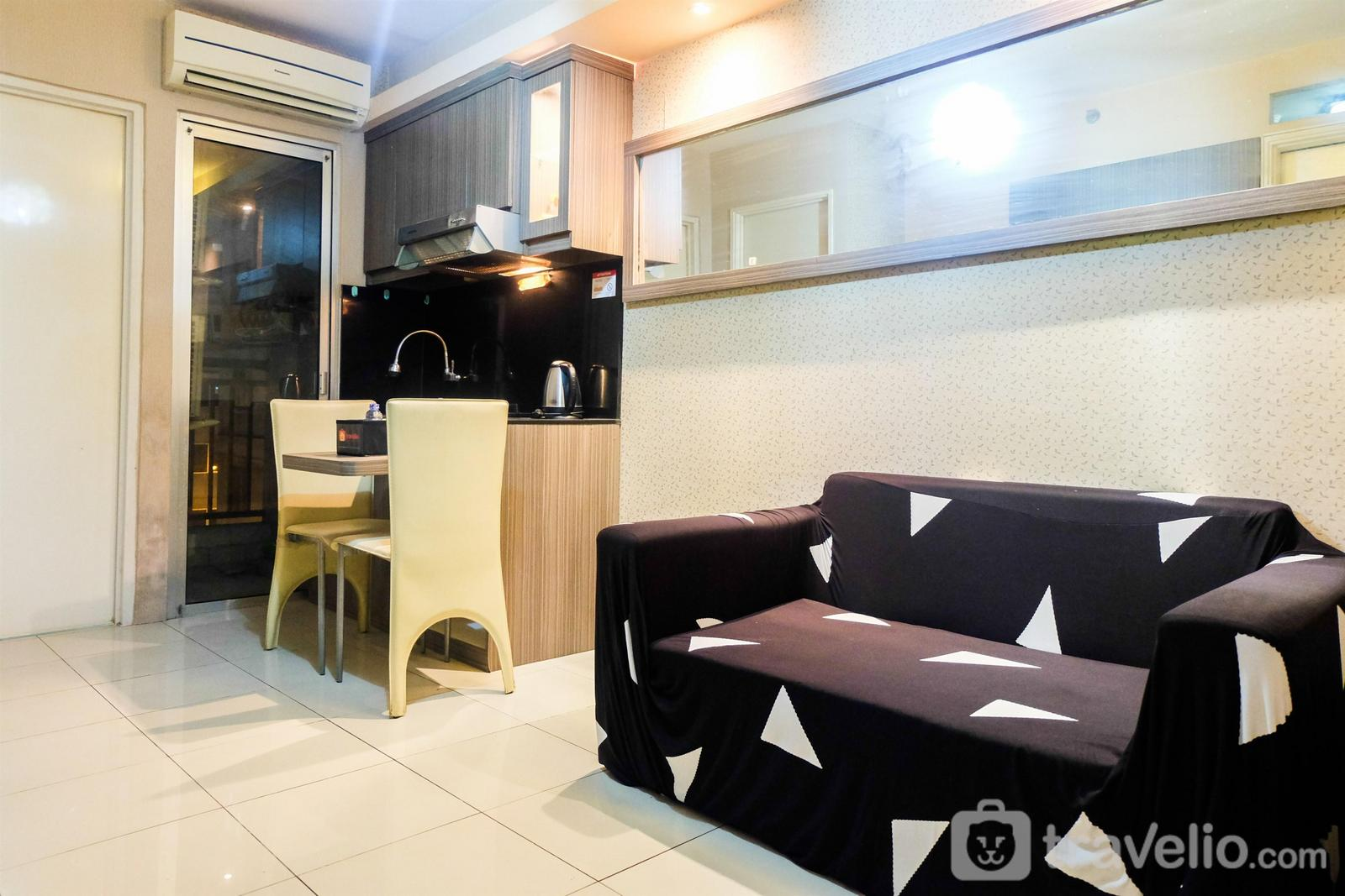 Green Palace Kalibata - Simply Warm 2BR Green Palace Apartment By Travelio