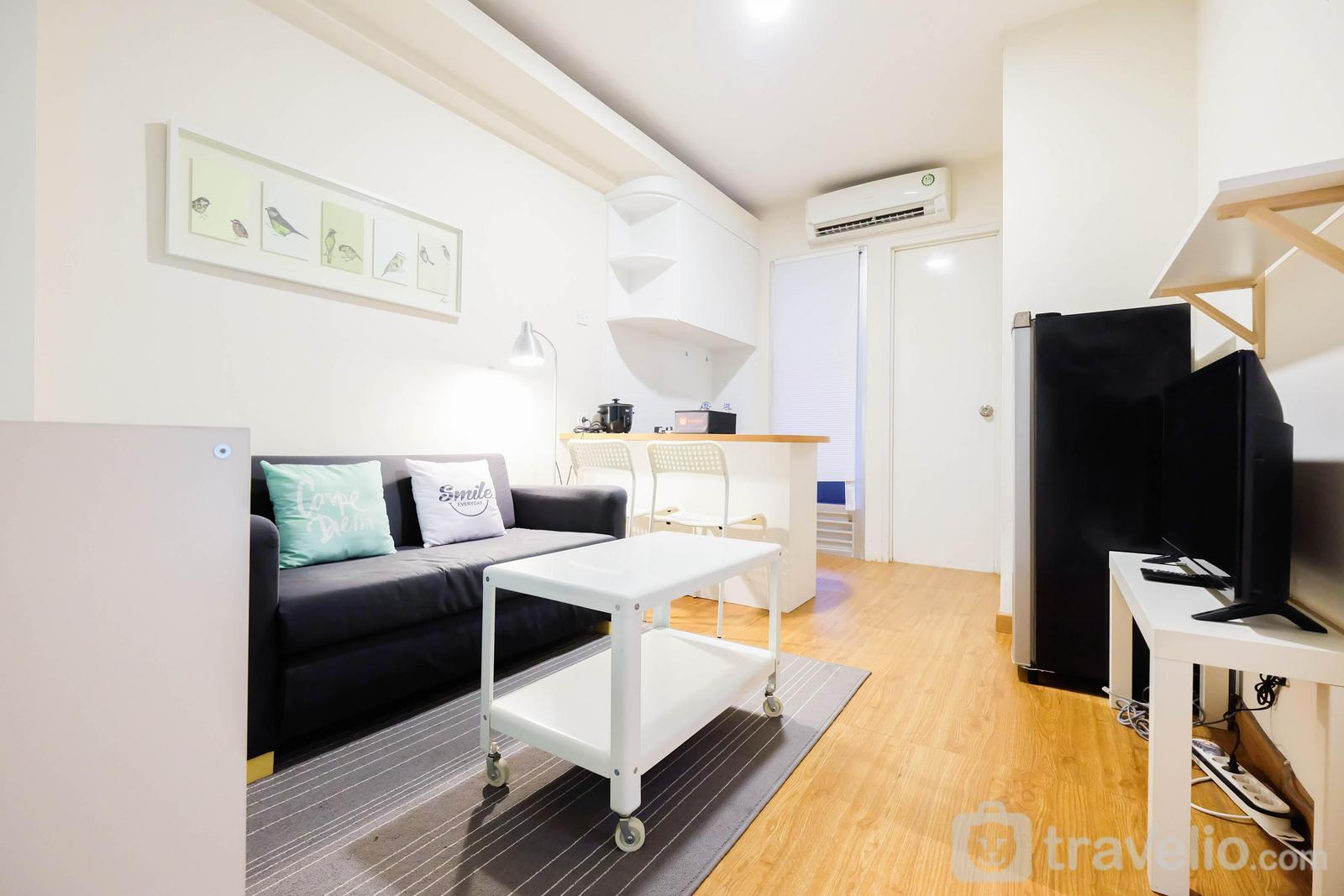 Kalibata City Residence - Modern 2BR Kalibata City Apartment By Travelio