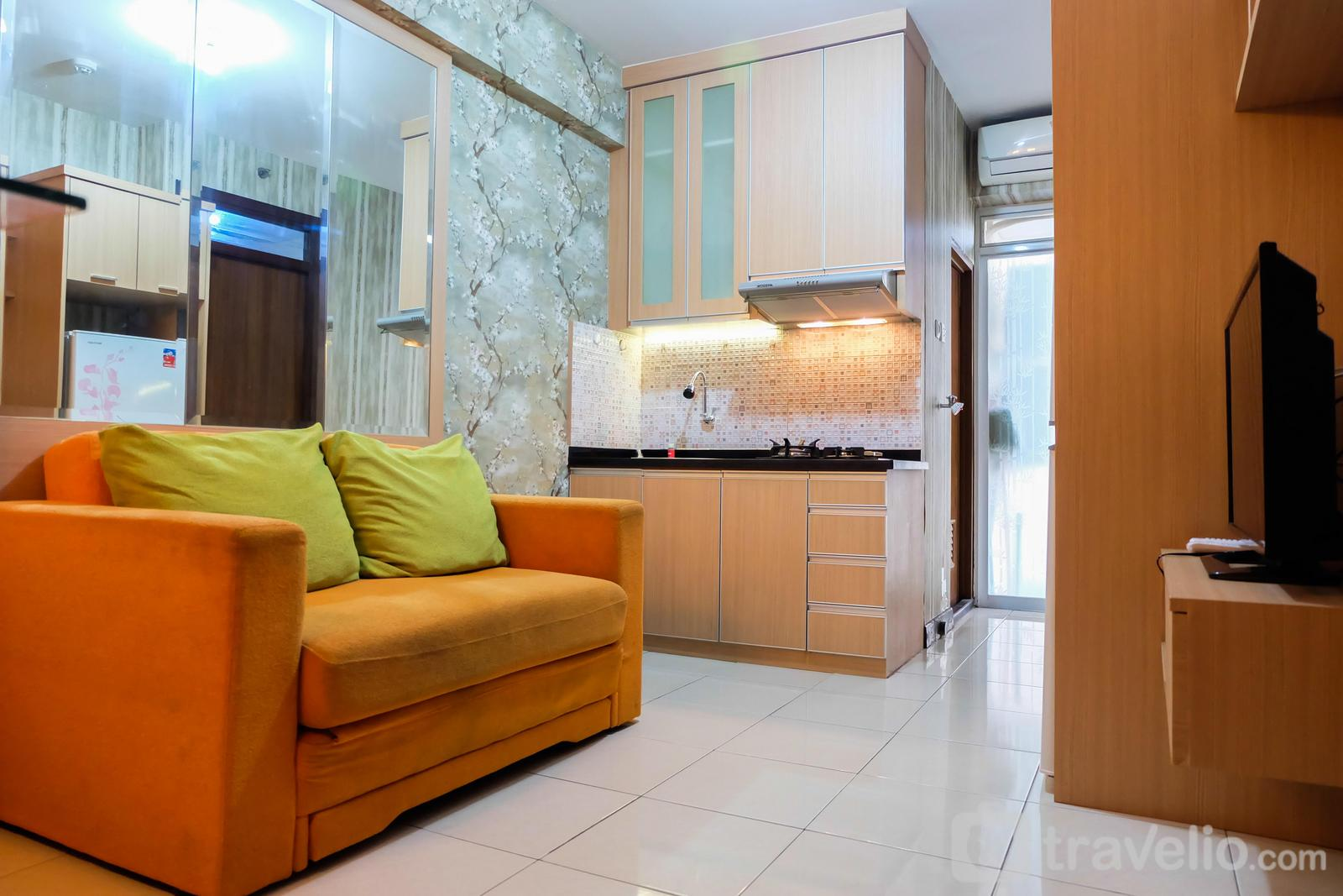 Pluit Sea View - Full Furnished 2BR Pluit Sea View Apartment By Travelio