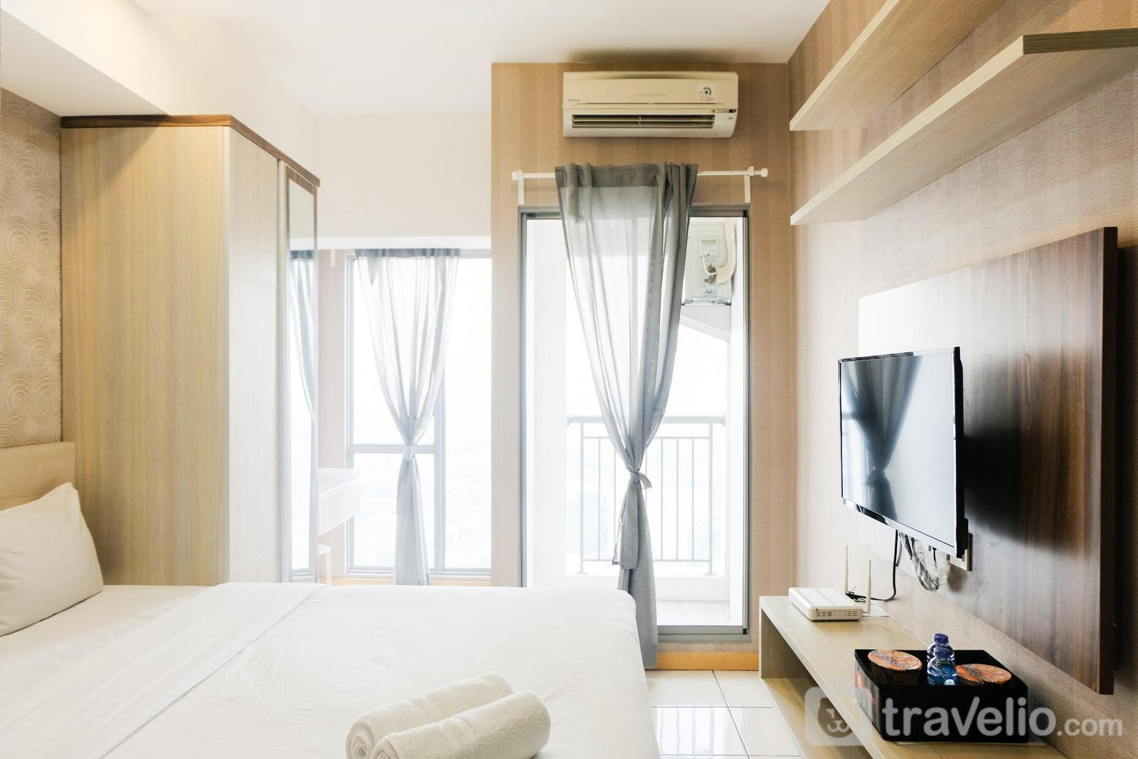 M Town Residence - Homey Studio Apartment at M-Town Residence near Summarecon Mall Serpong By Travelio