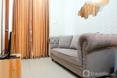 Cozy and Minimalist 2BR Woodland Park Apartment near Kalibata By Travelio