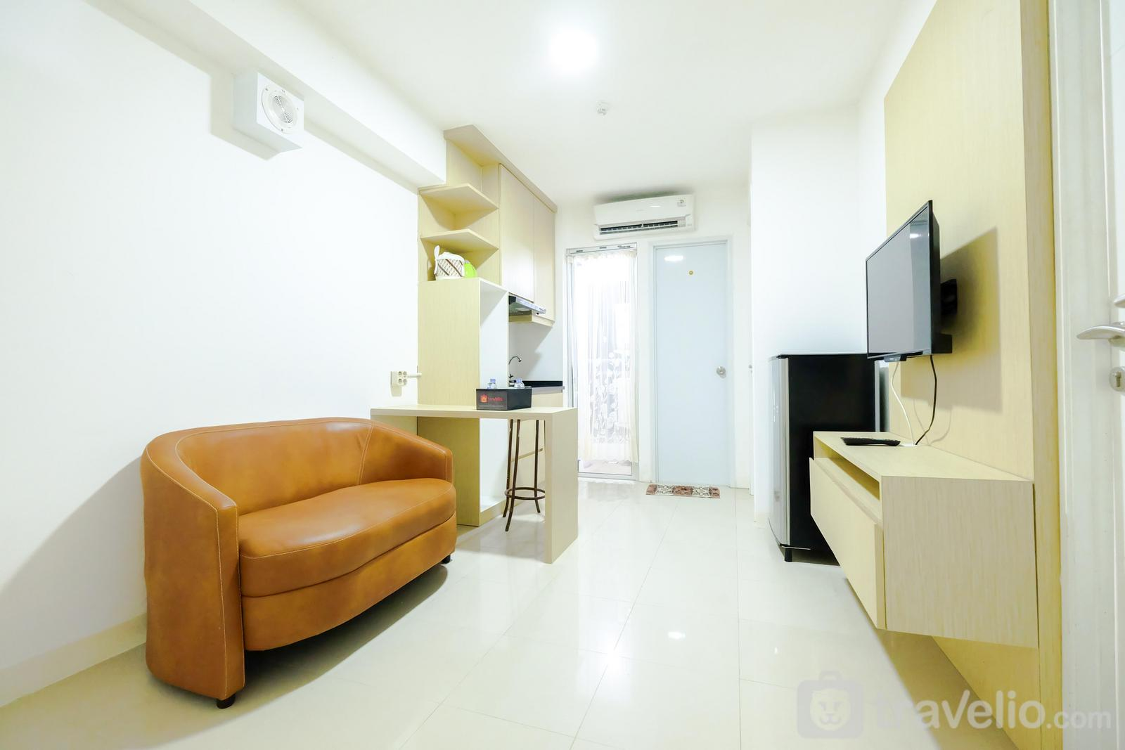 Bassura City Cipinang - Simply & Clean 2BR Bassura City Apartment By Travelio