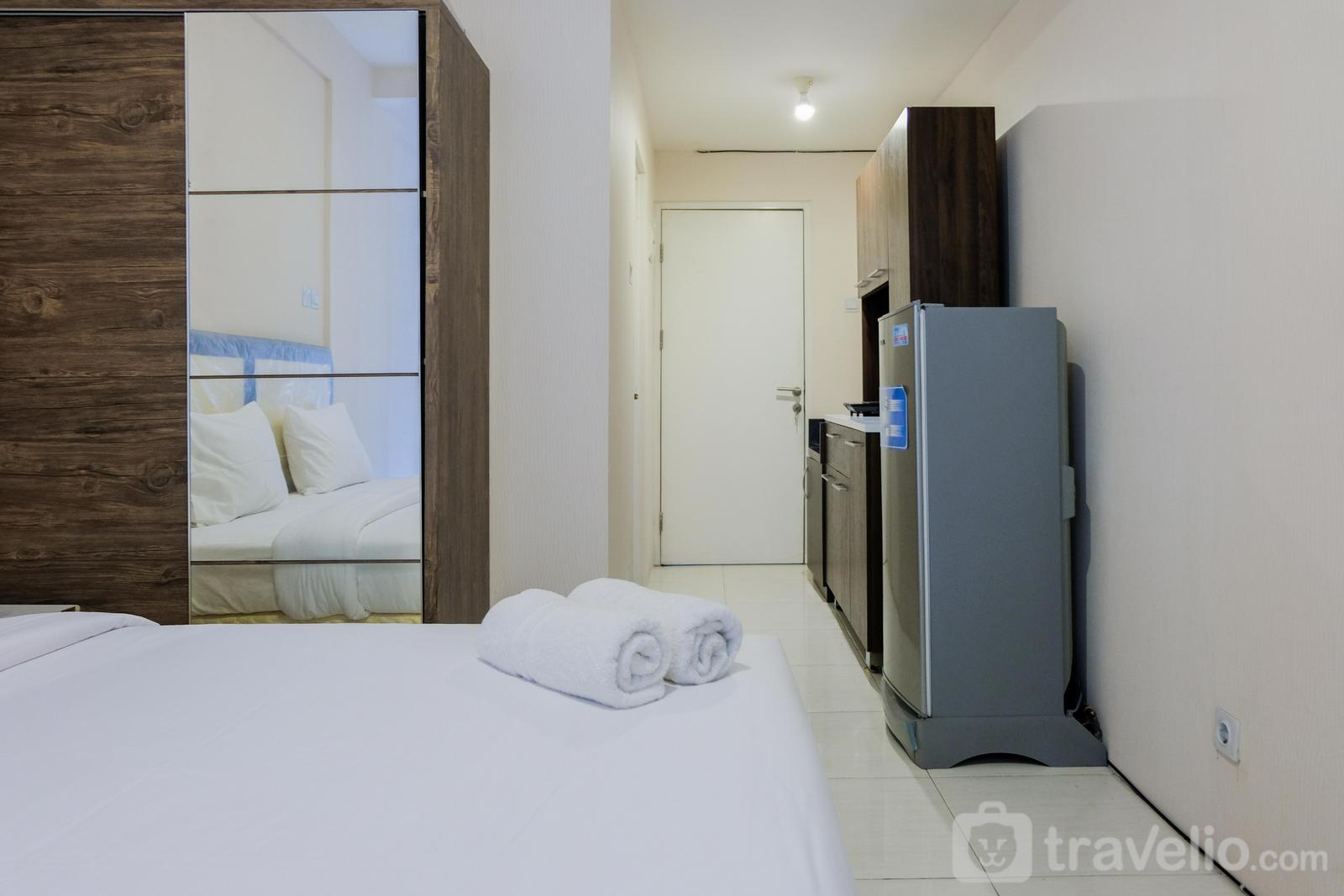 Skylounge Tamansari - Enjoy Stay @ Studio Room Skylounge Apartment near Airport By Travelio