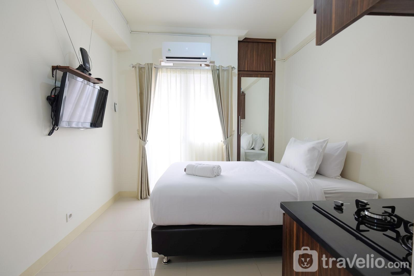 Green Pramuka Cempaka Putih - Comfy Studio Apartment @ Green Pramuka City By Travelio
