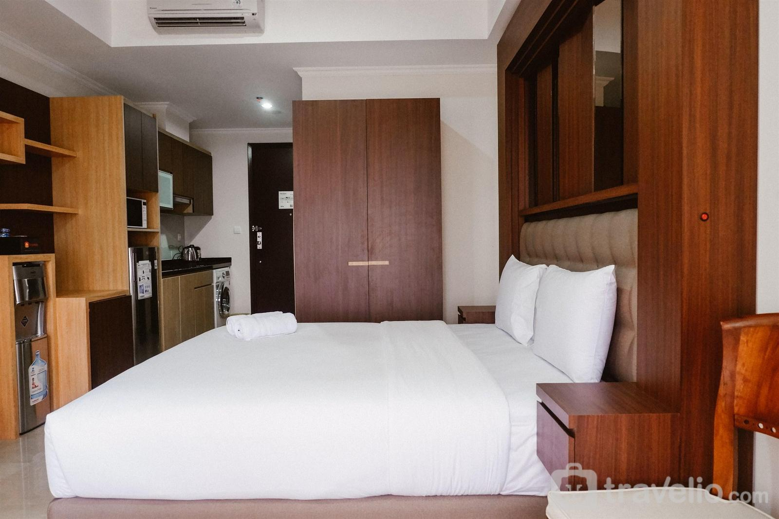 Menteng Park - Studio at Menteng Park Apartment with City View By Travelio