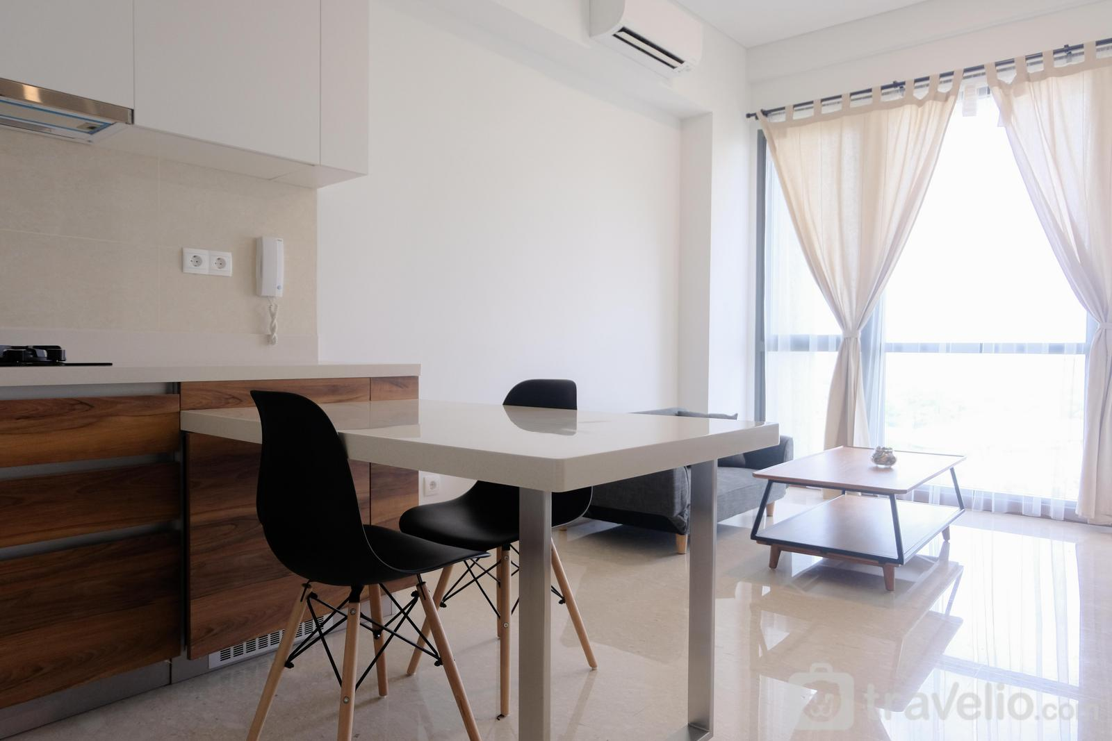 Marigold Nava Park Apartment - Luxurious 1BR at Marigold Nava Park Apartment By Travelio