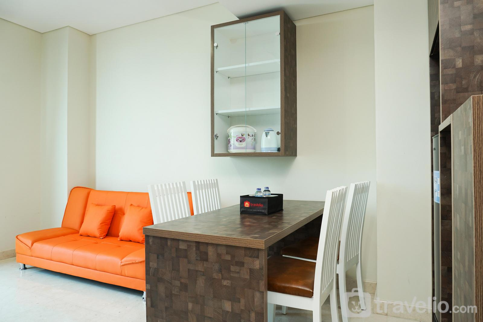 Puri Orchard Apartment - New Furnished 2BR Puri Orchard Apartment By Travelio