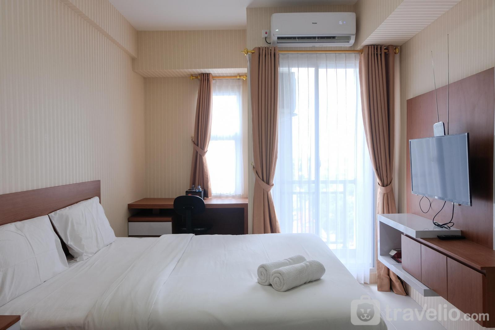 Akasa Pure Living Apartement - Modern and Cozy Studio Akasa Pure Living Apartment By Travelio
