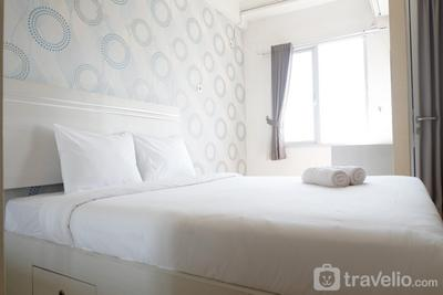 Comfy Studio Apartment at Pavilion Permata with City View By Travelio