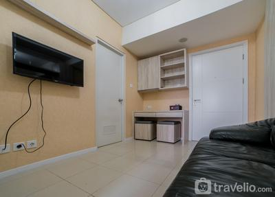 Modern 1BR Apartment Near Cihampelas at Parahyangan Residence By Travelio