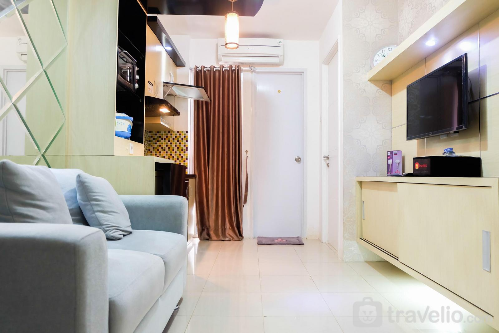 Bassura City Cipinang - Simply 2BR with Pool View Bassura City Apartment By Travelio