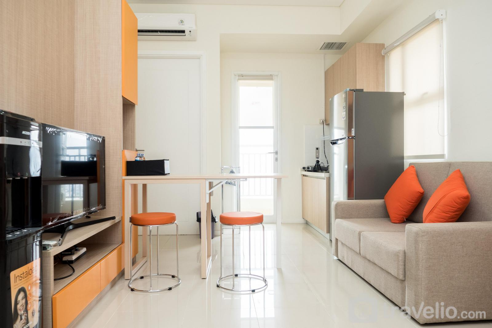 Parahyangan Residence - Elegant 2BR Apartment at Parahyangan Residence By Travelio