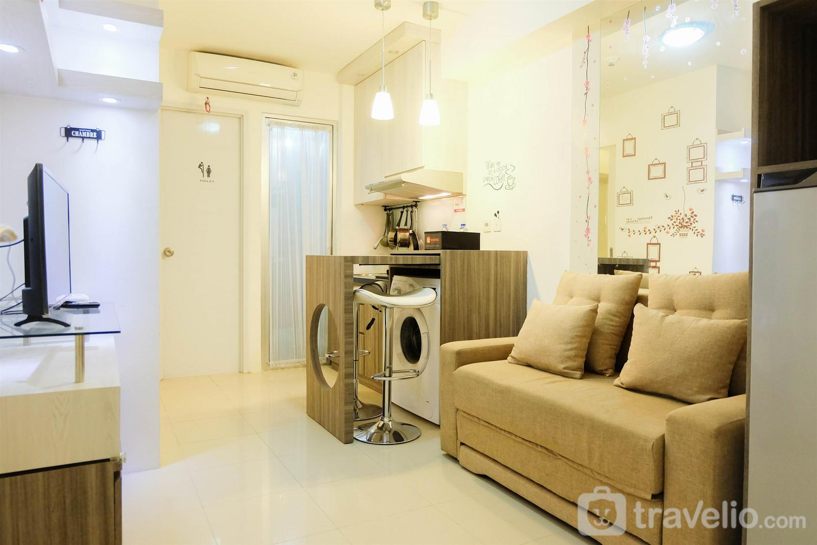 Bassura City Cipinang - Elegant 2BR Bassura City Cipinang Apartment By Travelio