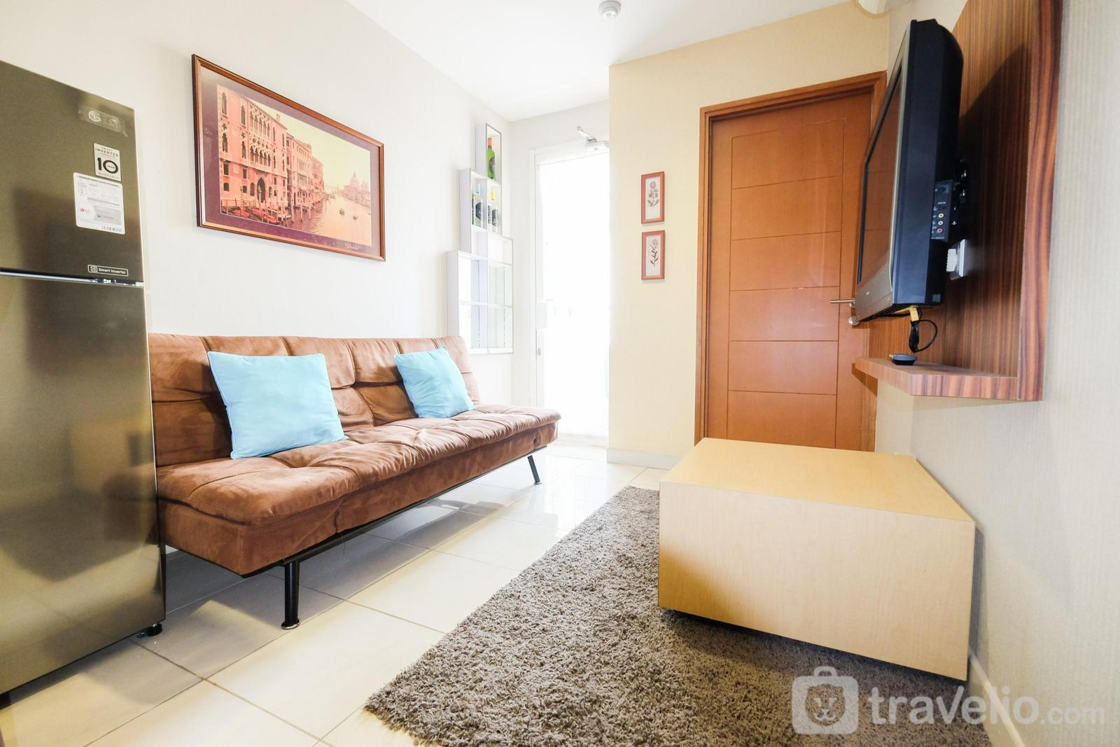 Cinere Bellevue Suites - 2BR Apartment at Cinere Bellevue Suites near Shopping Mall By Travelio