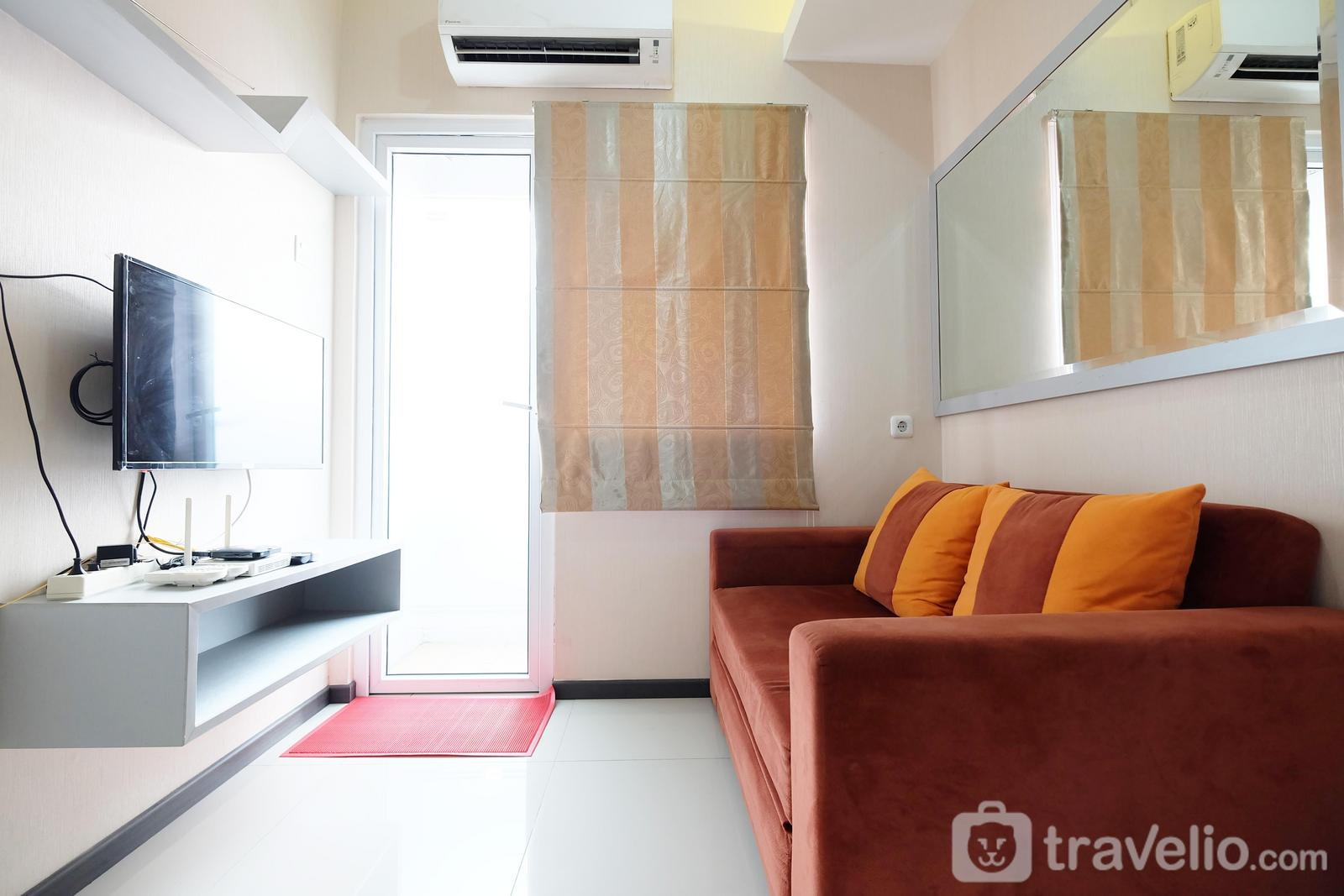 Green Pramuka Cempaka Putih - 2BR with Mall Access at Green Pramuka City Apartment By Travelio