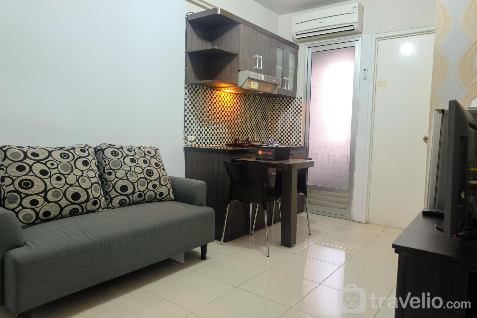 Kalibata City Residence - Comfy 2BR Kalibata City Apartment By Travelio