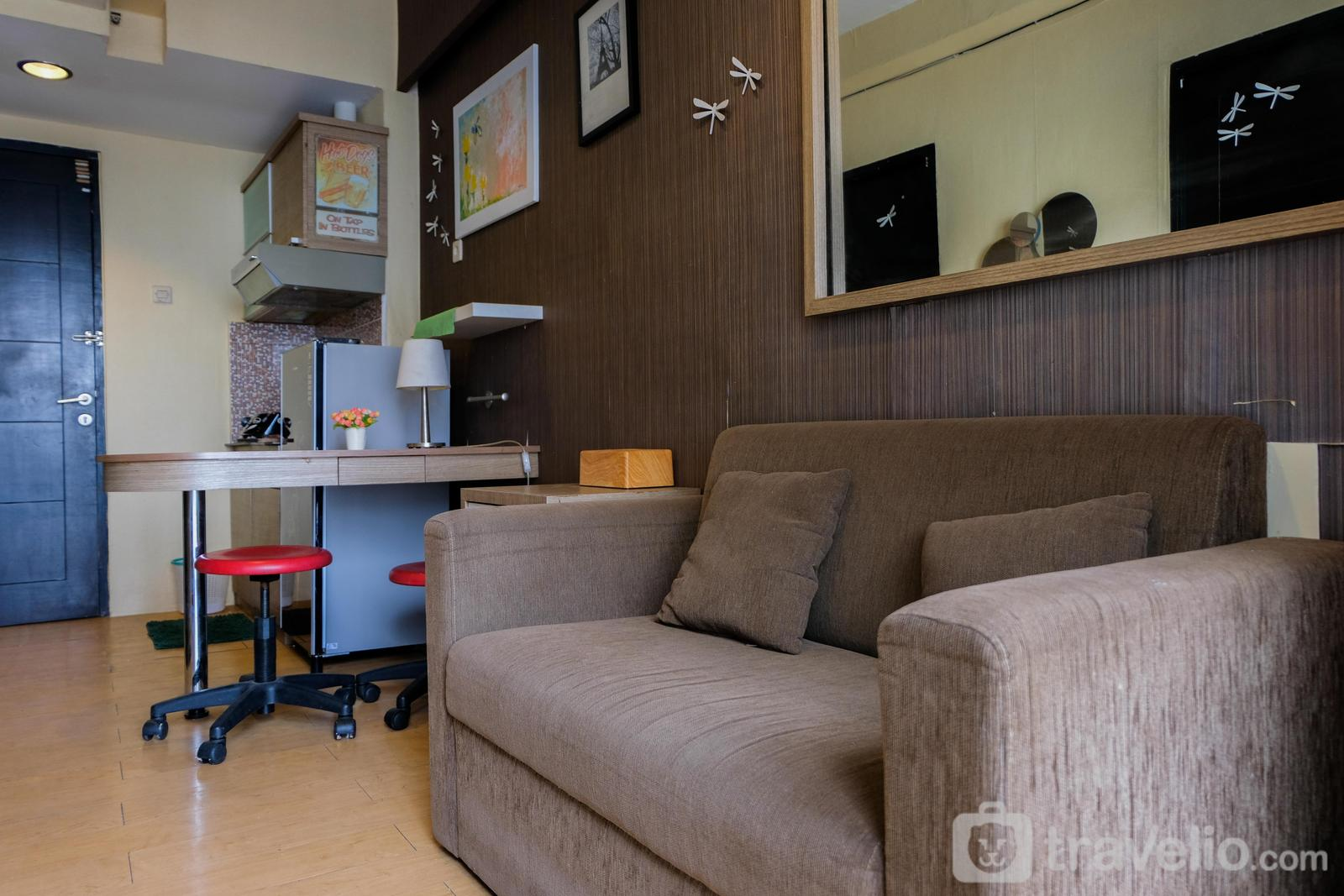 Paragon Village - Cozy Stay 2BR Apartment @ Paragon Village By Travelio