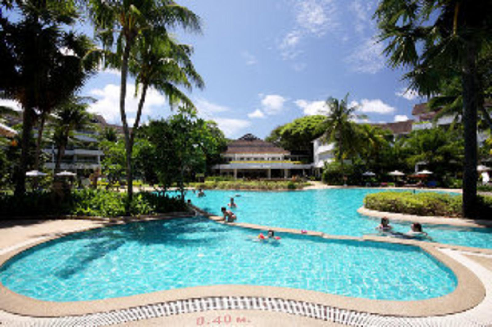 Thavorn Palm Beach Resort