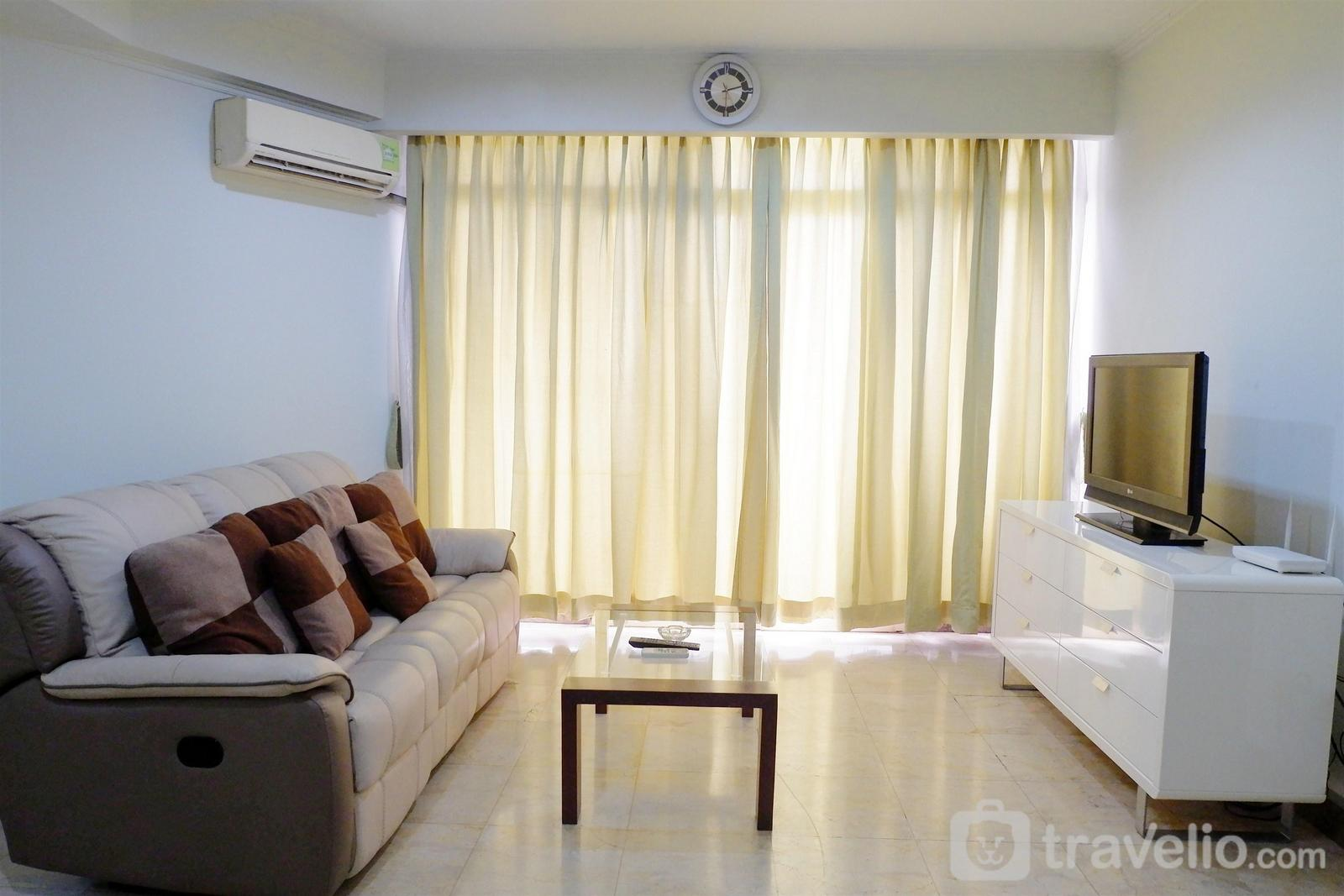 Apartment Slipi - Spacious 2BR Slipi Apartment near Senayan By Travelio