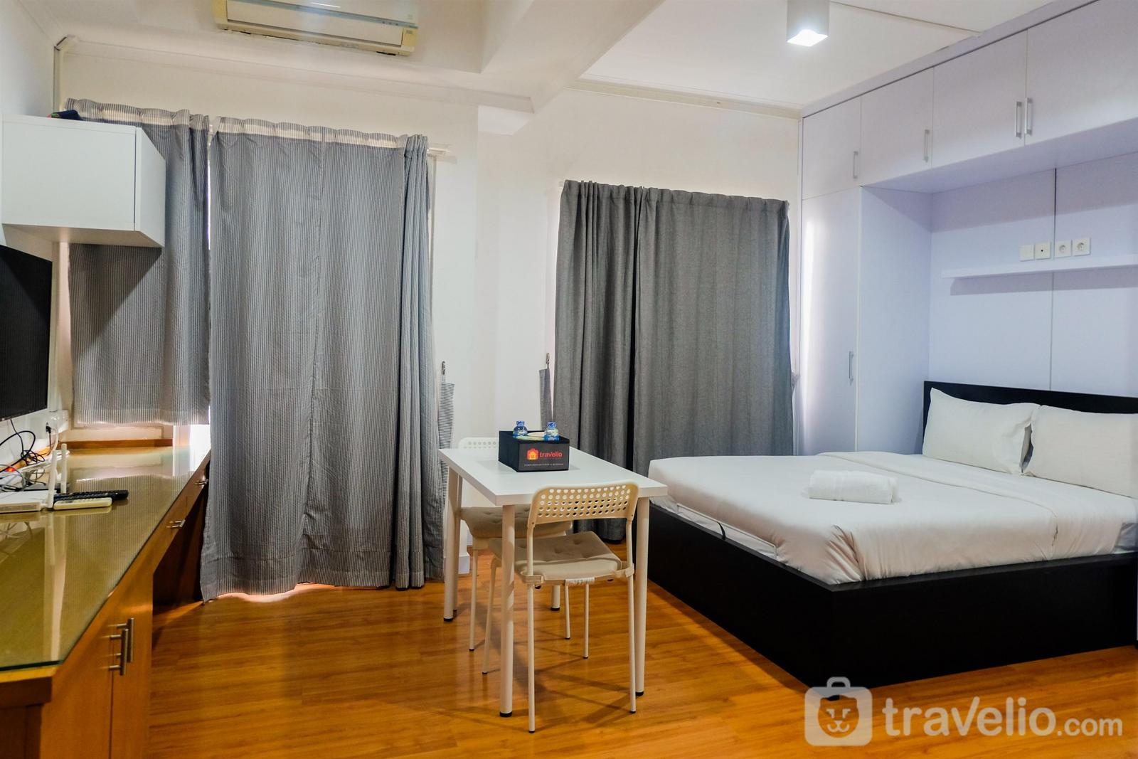 Sudirman Park Apartment - Prime Location Sudirman Park Studio Apartment By Travelio
