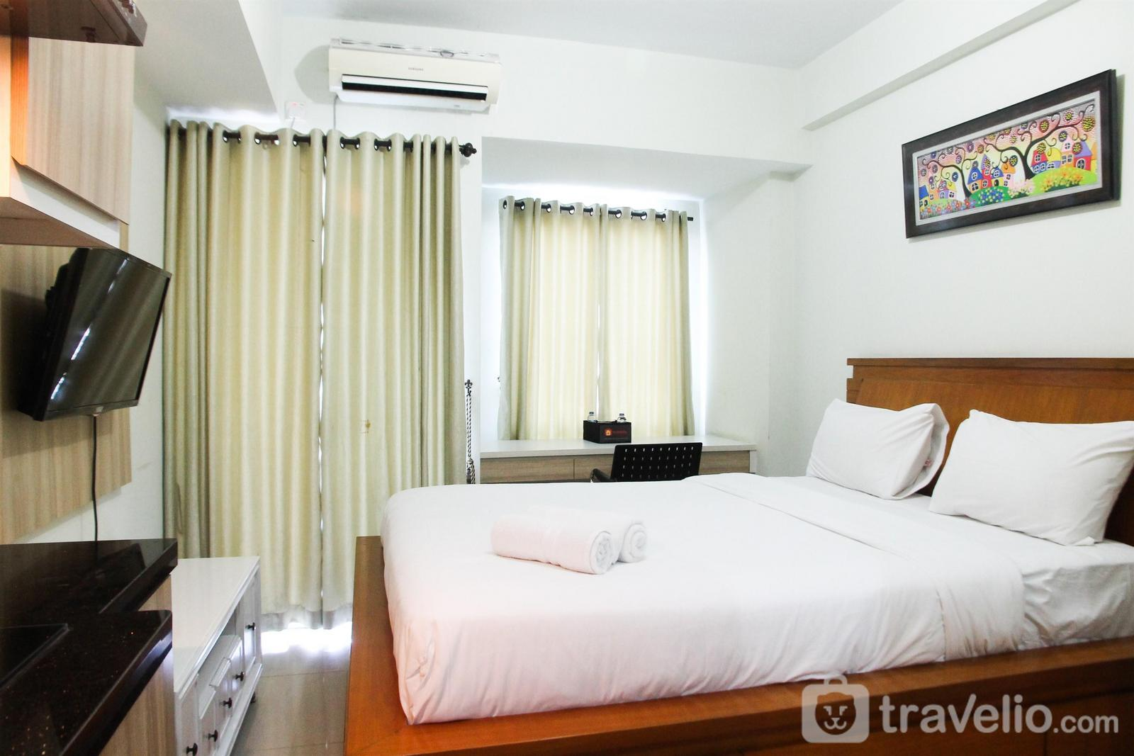 Grand Dhika City Apartment - Relaxing Studio Grand Dhika City Bekasi Apartment By Travelio
