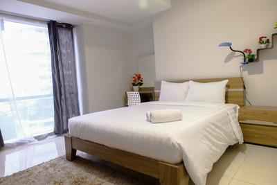 2BR Suite The Mansion Near JIEXPO Kemayoran By Travelio