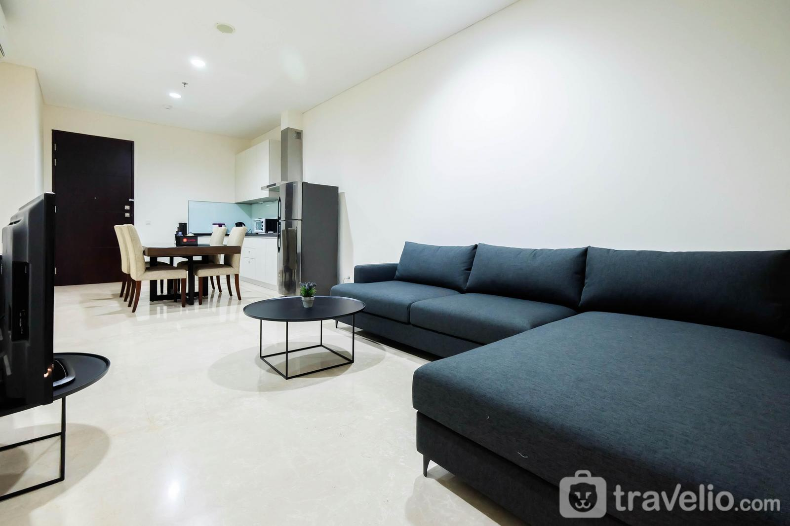 Four Winds - Luxurious 2BR Four Winds Apartment near Senayan By Travelio