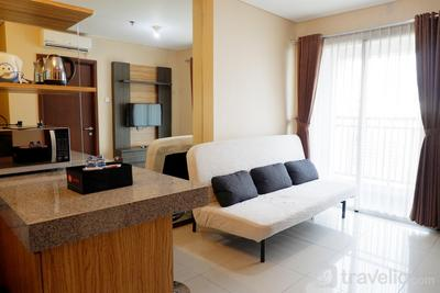 1BR with Sofa Bed Thamrin Executive Apartment By Travelio
