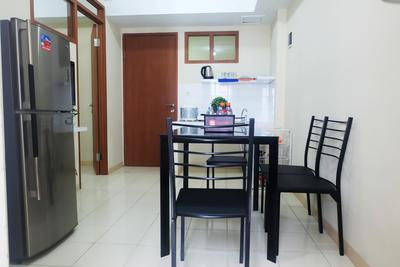 Cozy 2 BR Green Park View Daan Mogot Apartment By Travelio