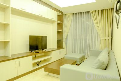 Spacious and Modern 2BR L'Avenue Apartment By Travelio