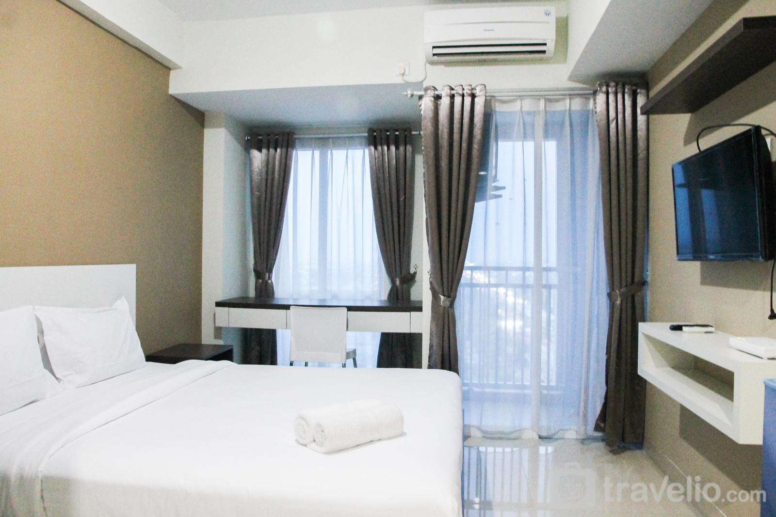 Grand Dhika City Apartment - Nice Furnished Studio Apartment @ Grand Dhika City By Travelio