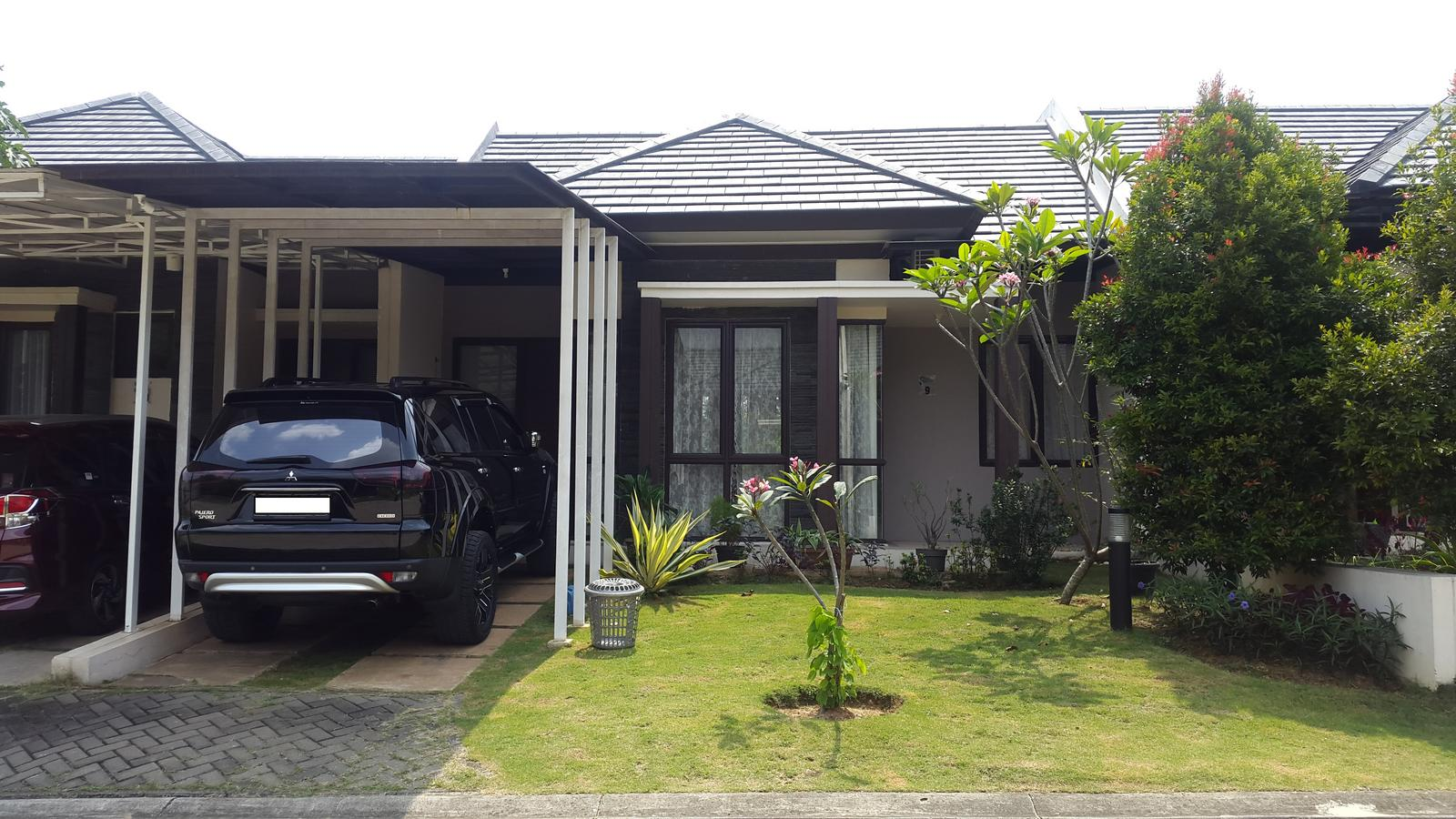 House @ Sentul City W/ Jungleland In The Backyard