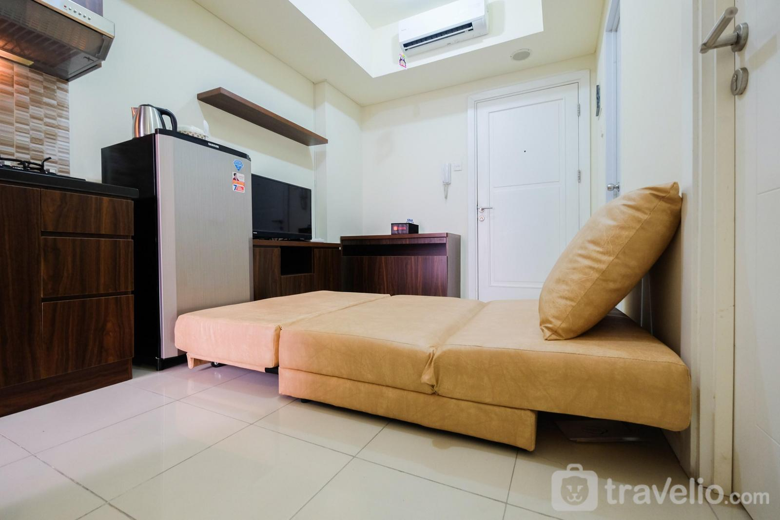 Greenlake Sunter - Comfy 2BR at Green Lake Sunter Apartment By Travelio