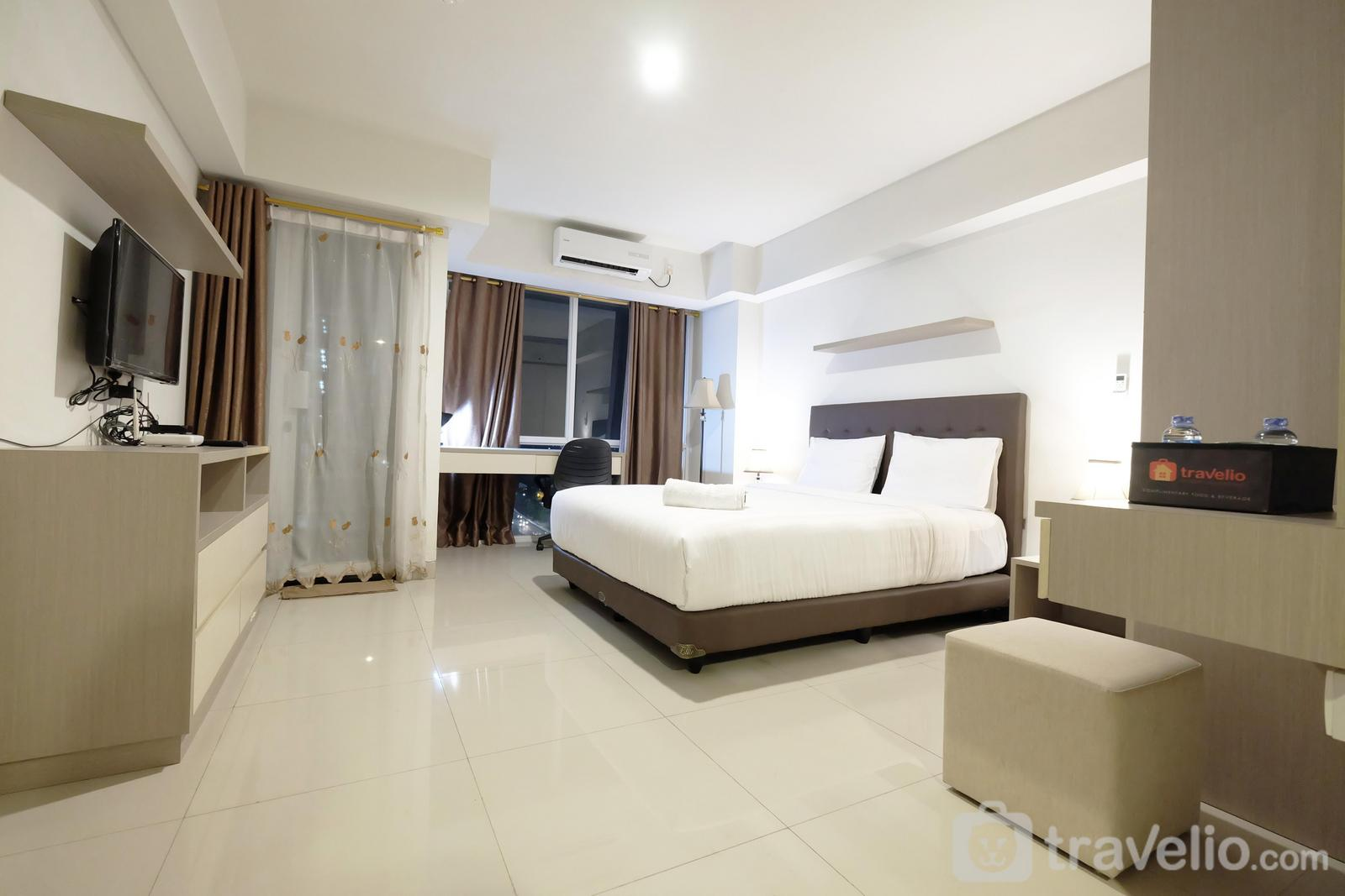 H Residence - Best Price Spacious Studio Apartment @ The H Residence near MT Haryono By Travelio