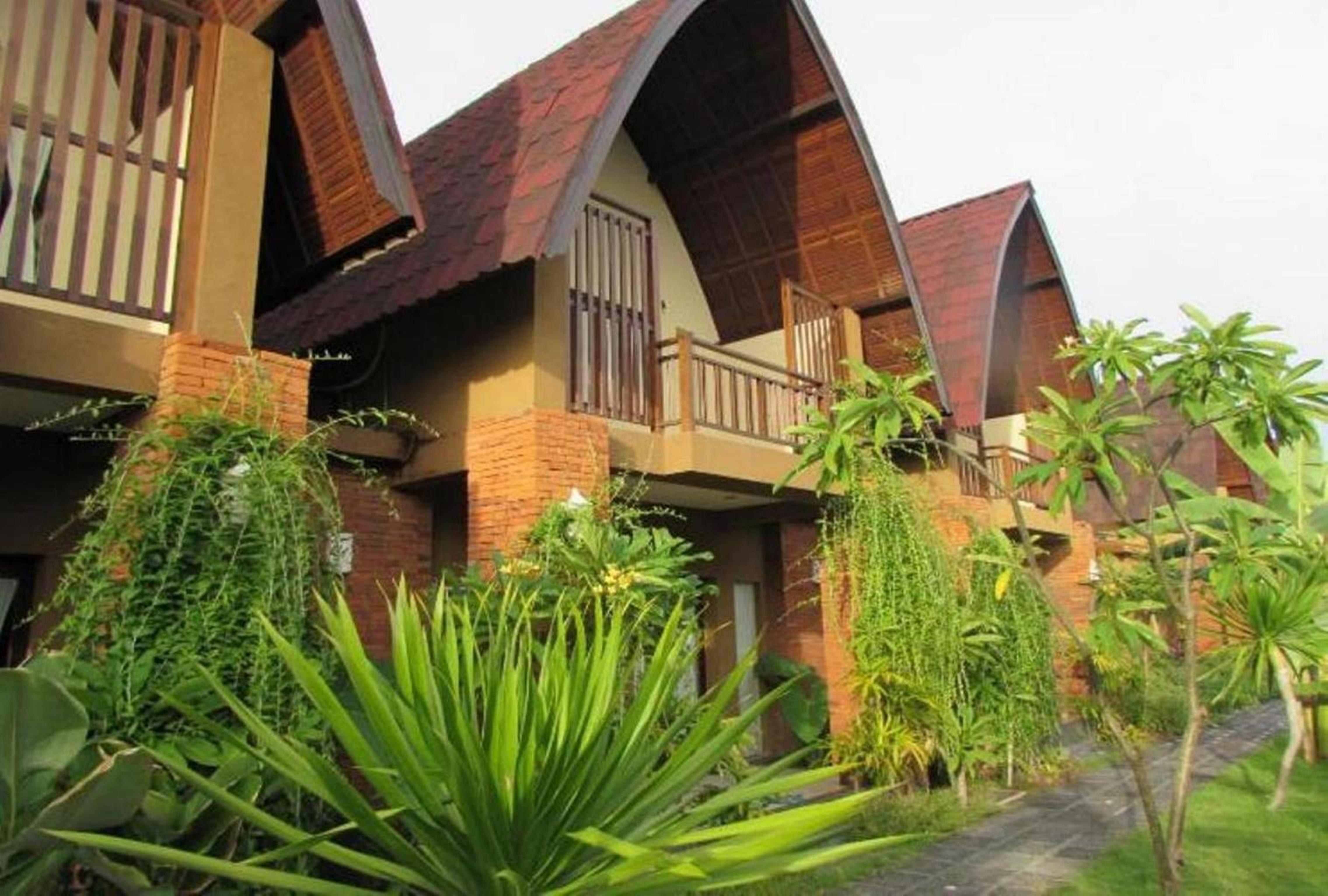 Sewa 1 Br Deluxe Room With Pool View The Janan Villa Sanur Hotel Di Duo Legian Kuta