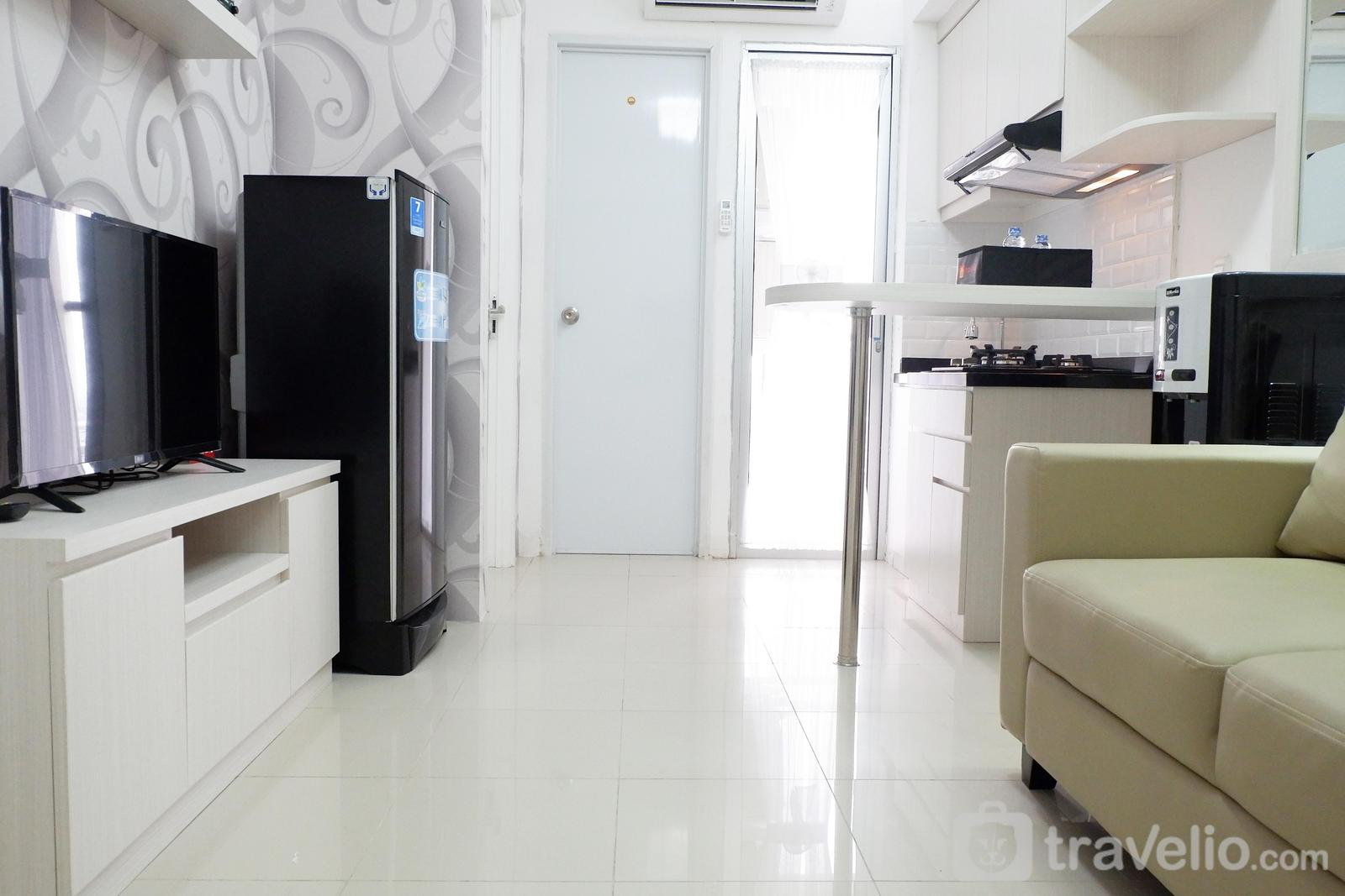 Bassura City Cipinang - Exquisite 2BR Bassura City Apartment near Shopping Mall By Travelio