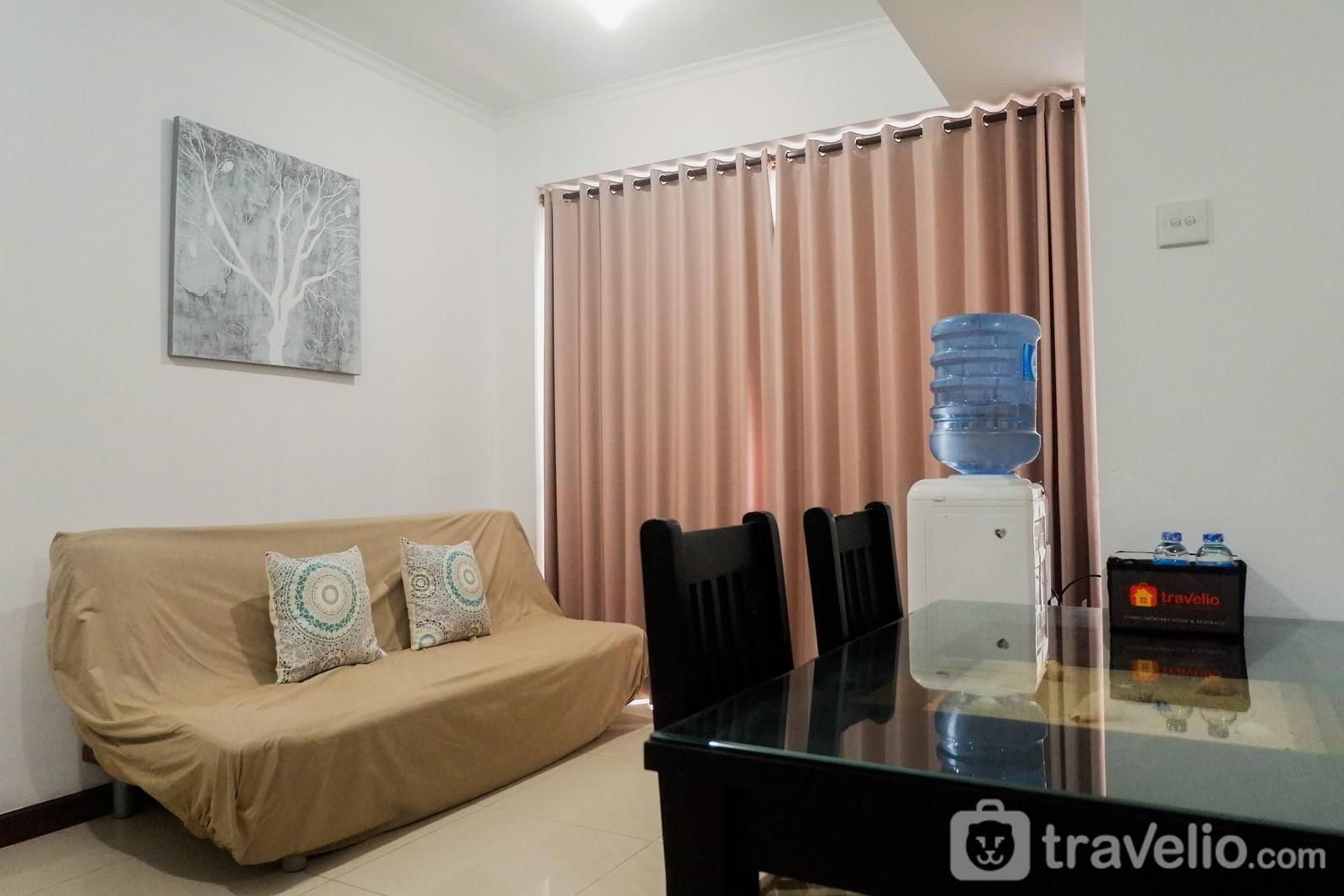 Waterplace Residence - Homey and Comfy 2BR Apartment at Waterplace Residence By Travelio