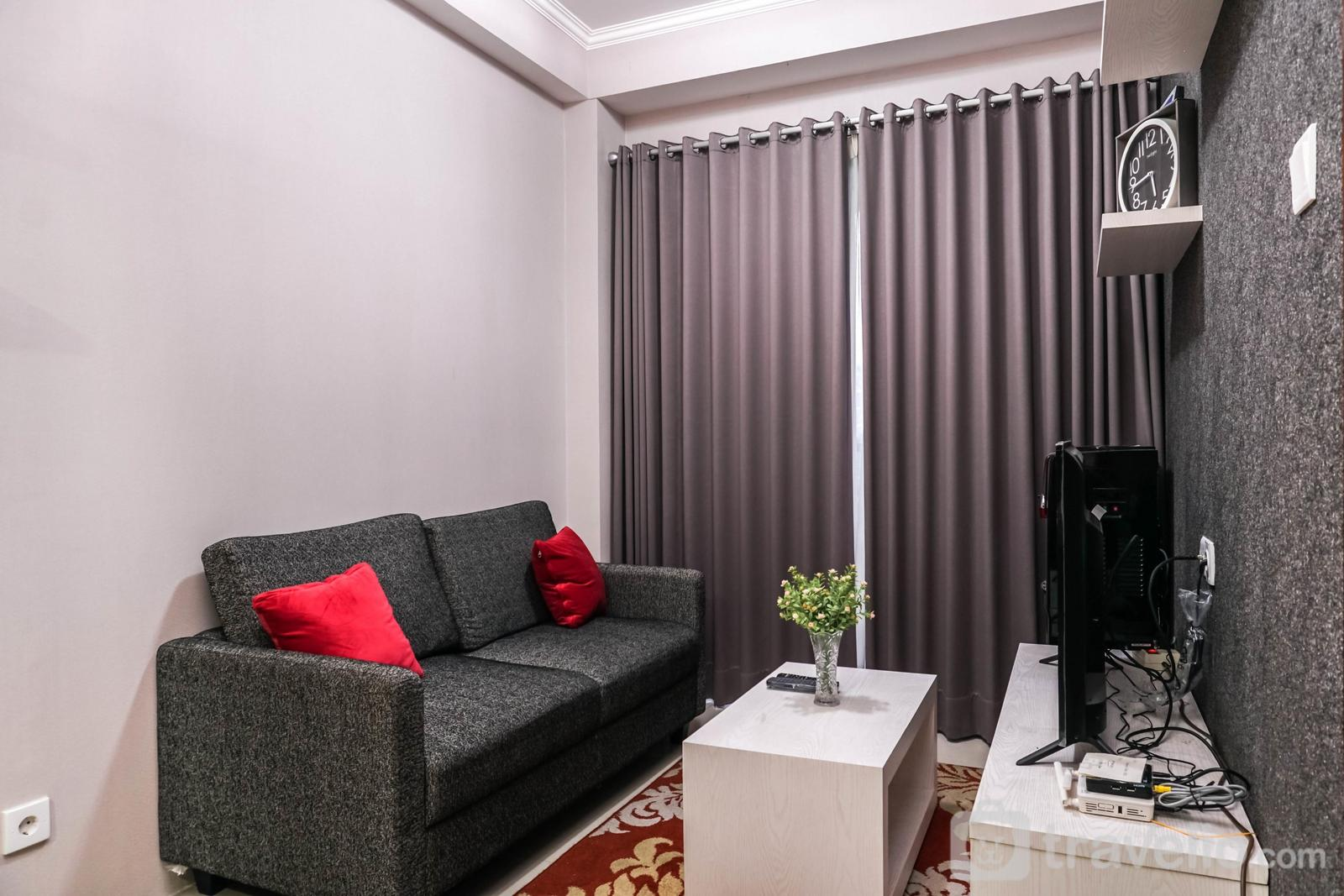 Signature Park Grande M.T Haryono - Homey and Comfy 1BR Signature Park Grande Apartment By Travelio