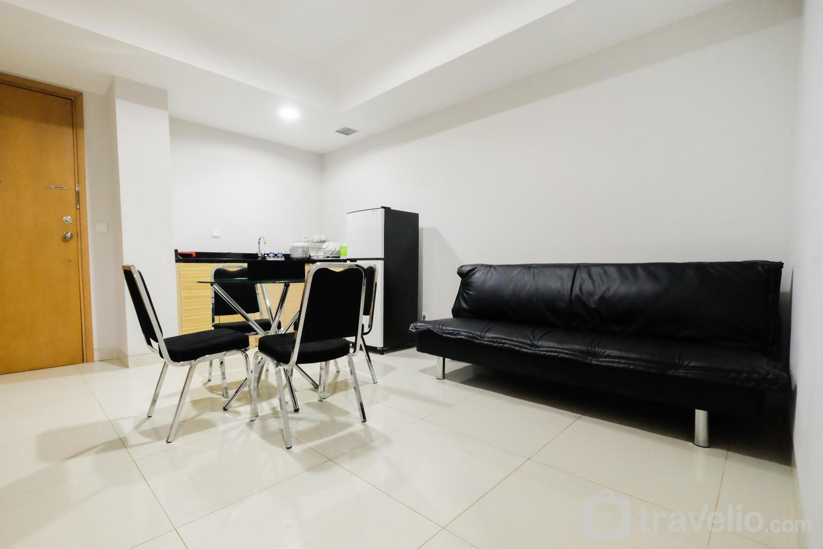 The Mansion Kemayoran - 1BR with City View @ The Mansion Kemayoran Apartment By Travelio