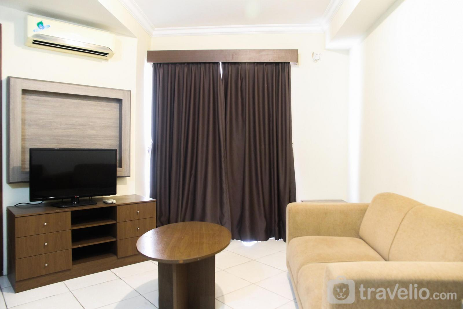 Great Western Apartment - 2BR Apartment with TV Cable @ Great Western Resort By Travelio