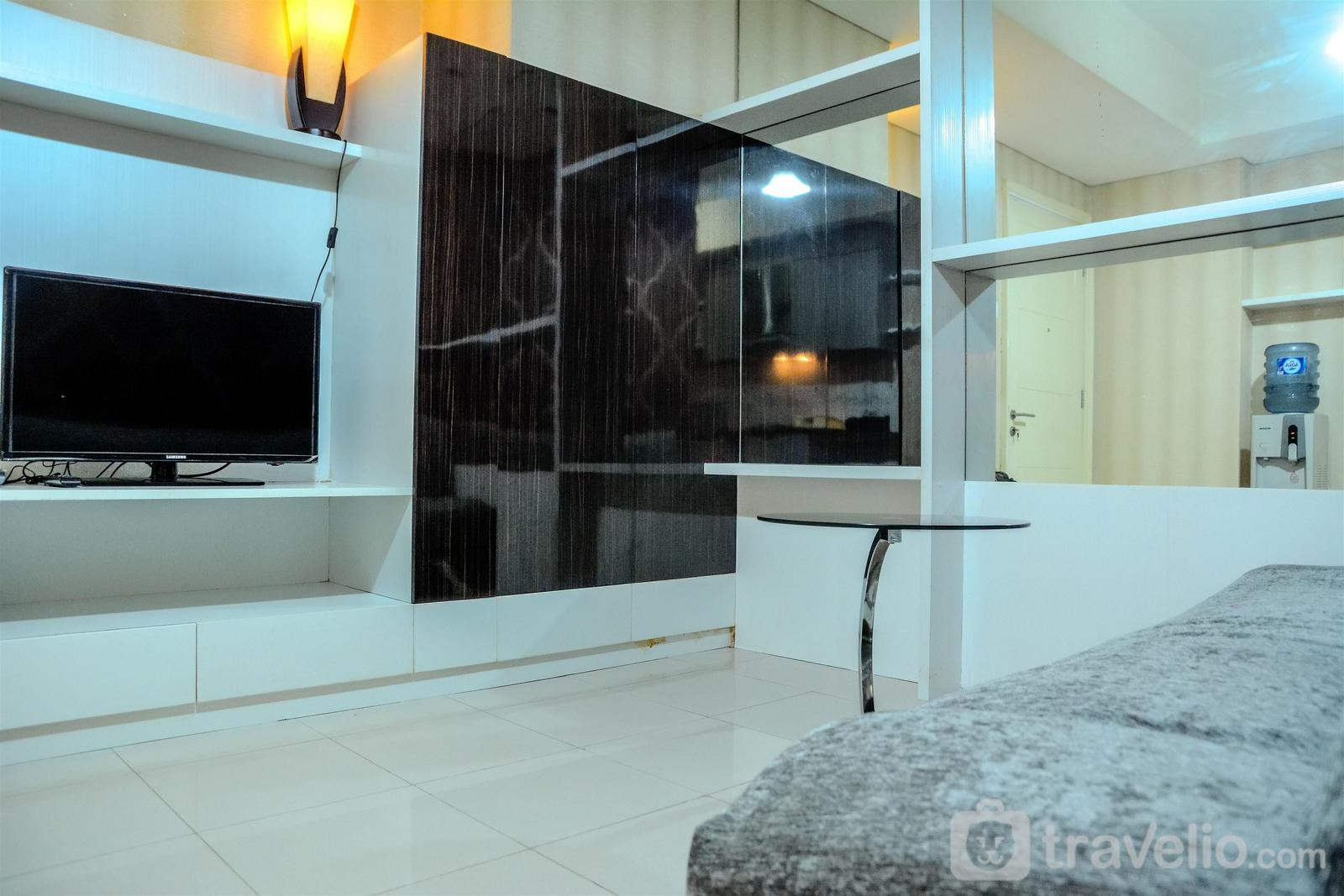 Cosmo Terrace Thamrin - Minimalist 1BR Cosmo Terrace Thamrin City By Travelio