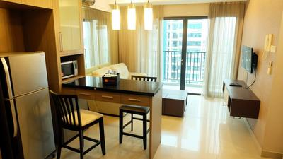 2 Bedroom Near Pondok Indah At Hampton's Park Apartment By Travelio