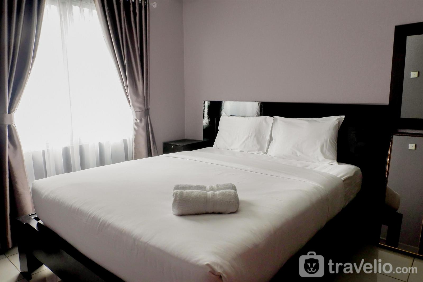 Sudirman Park Apartment - Comfy 2BR Apartment at Sudirman Park By Travelio