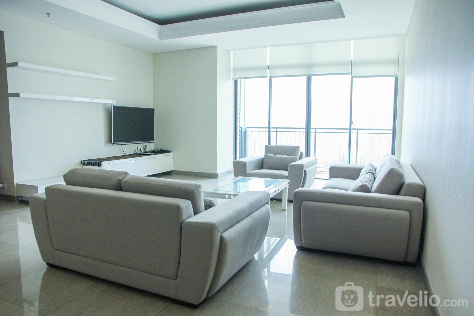 Essence Dharmawangsa Kebayoran - Luxurious 4BR Essence Dharmawangsa Apartment By Travelio