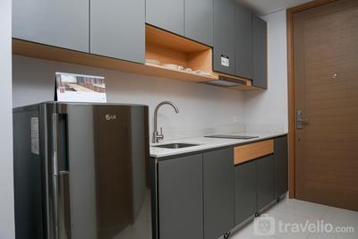 Taman Anggrek Residence - Cozy Studio Apartment at Taman Anggrek Residence By Travelio