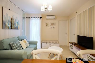 Easy Access to The Mall and Exclusive 2BR Bassura City Apartment By Travelio