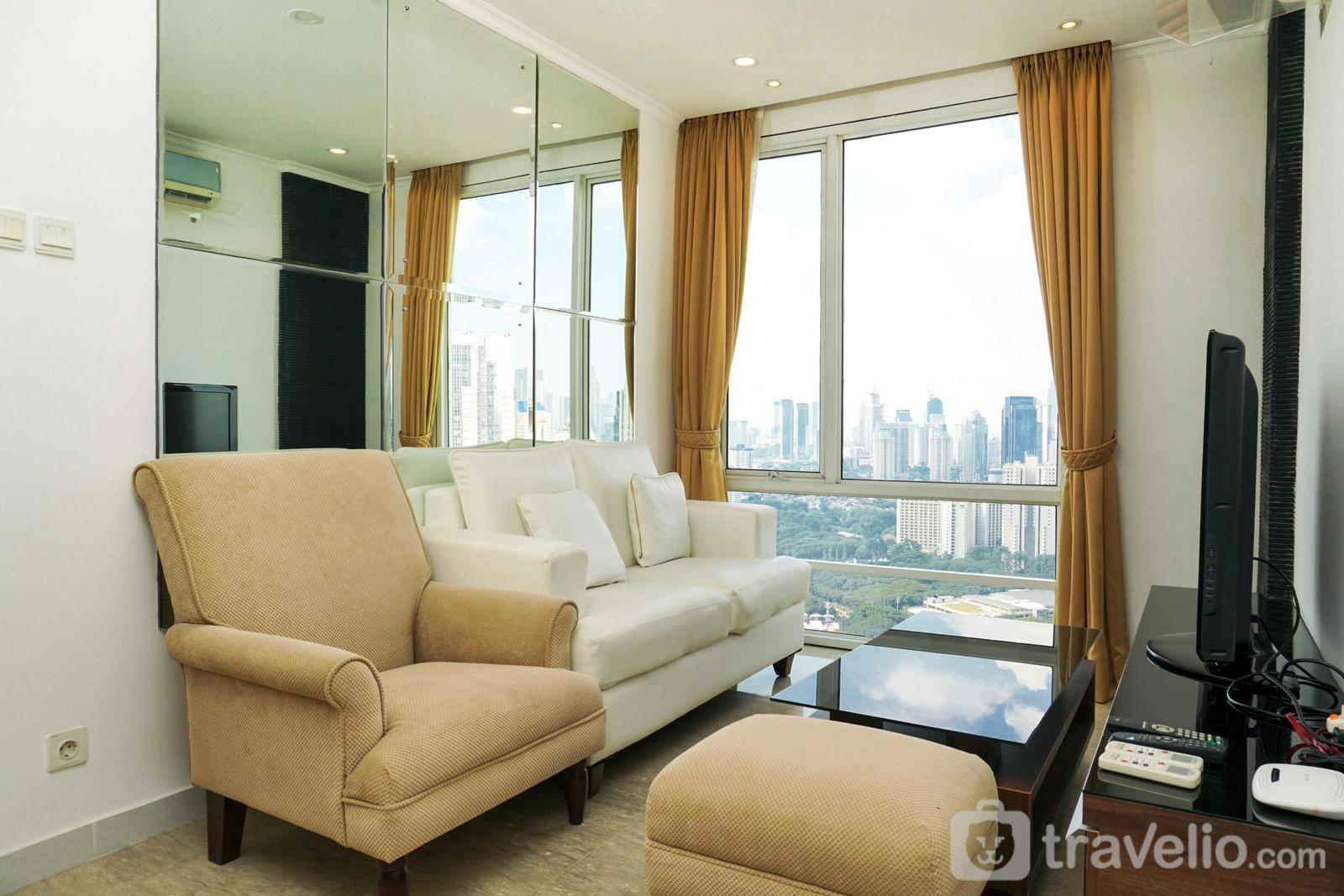 FX Residence Sudirman Senayan - Luxurious 3BR Apartment at FX Residence Sudirman By Travelio